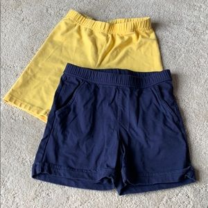 Bundle of 2 Hanna Andersson knit shorts, 120( 6/7)